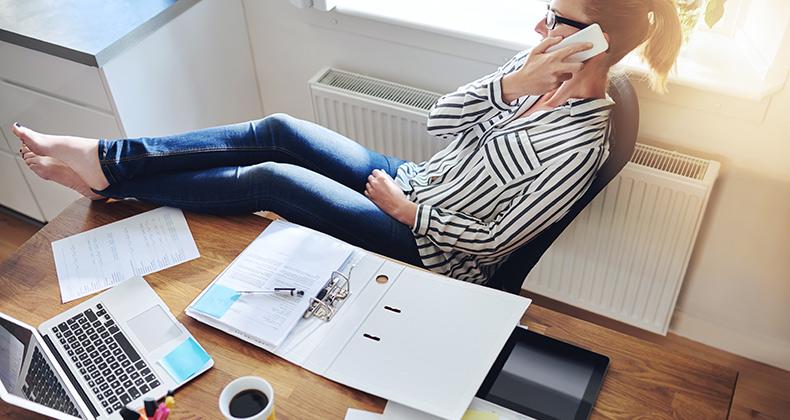 trabajar-desde-casa-agencia-marketing-online-nivel-de-calidad